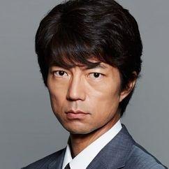 Toru Nakamura Image