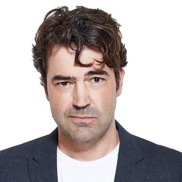Ron Livingston Image