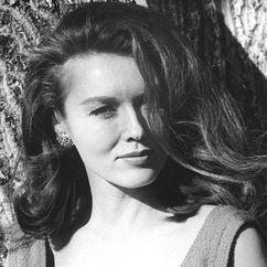 Elaine Devry Image