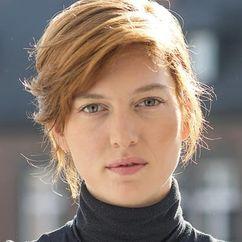 Erika Sainte Image