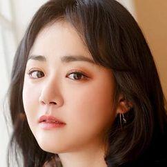 Moon Geun-young Image