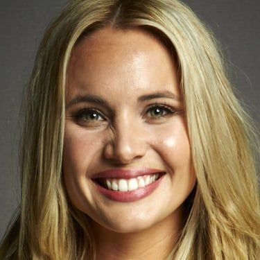Leah Pipes Image