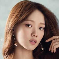 Lee Sung-kyoung Image