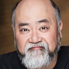 Paul Sun-Hyung Lee Image