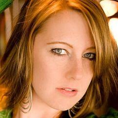 Melissa LeEllen Image