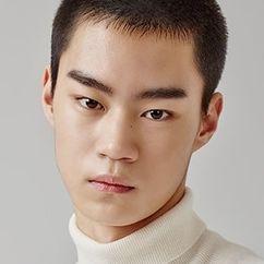 Hyun Woo-seok Image