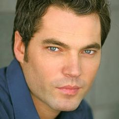 Tim Rozon Image
