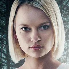 Ellie Duckles Image