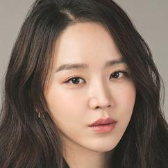 Shin Hye-sun Image