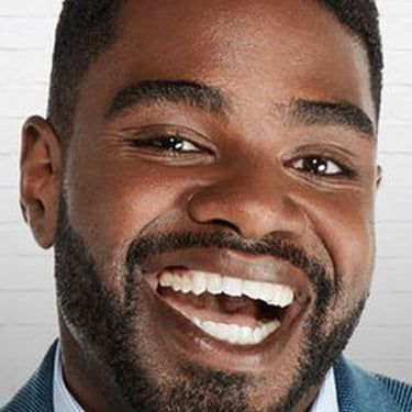 Ron Funches Image