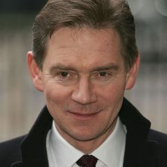 Anthony Andrews Image