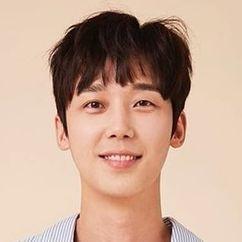 Yoon Jong-hoon Image