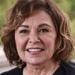 Roseanne Barr Image