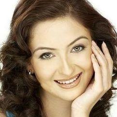 Saumya Tandon Image