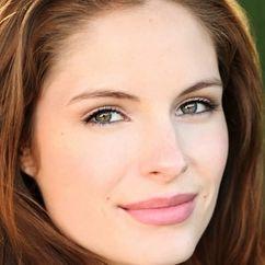 Olivia Grace Applegate Image