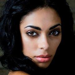 Shelley Nicole Image
