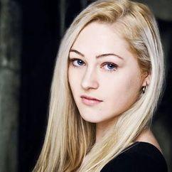 Olivia Scriven Image