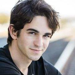 Zachary Gordon Image