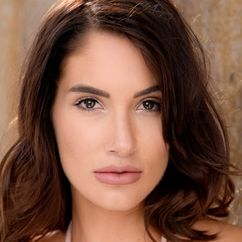 Kayla Eva Image