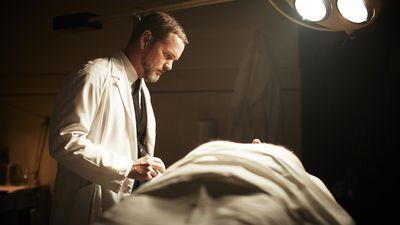 Season 01, Episode 03 Death of a Travelling Salesman