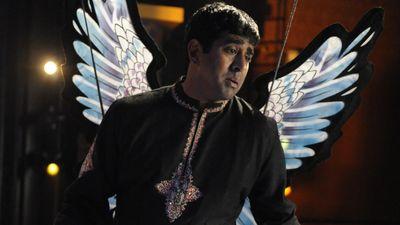 Season 04, Episode 06 Bollywood Homicide