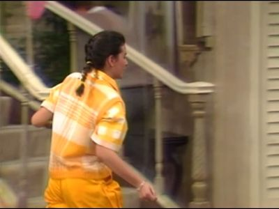Season 01, Episode 22 Meet Grandpa