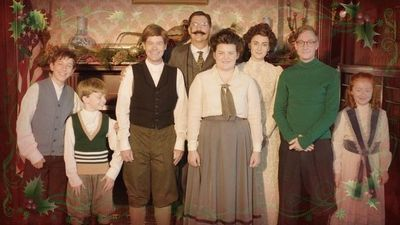 Watch SHOW TITLE Season 05 Episode 05 Drunk History Christmas Special