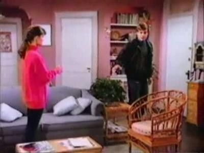 Season 04, Episode 14 Boy Loses Girl (2)
