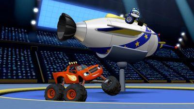 Season 02, Episode 08 Darington to the Moon!