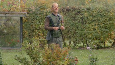 Season 02, Episode 02 The Garden
