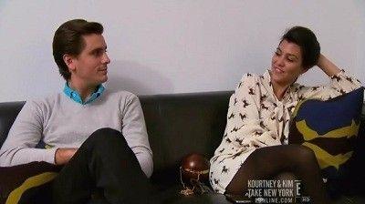 Season 02, Episode 08 Family Therapy