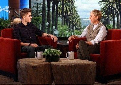 Season 09, Episode 37 Justin Bieber, Principal Sherrie Gahn