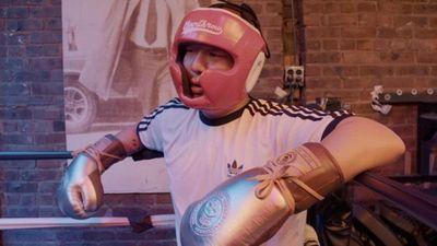 Season 03, Episode 07 Eddie Huang Challenges Sean Evans to a Revenge Boxing Match