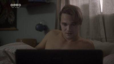 Season 02, Episode 02 Skype-sex