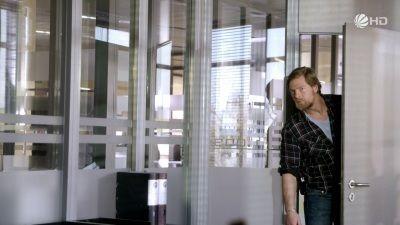 Season 02, Episode 12 Liebe in Not