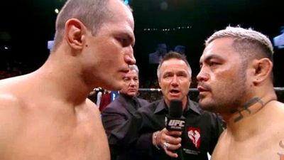 Season 01, Episode 05 UFC 160: Velasquez vs. Bigfoot 2