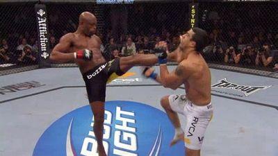 Season 02, Episode 09 UFC 126: Silva vs. Belfort