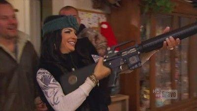 Season 03, Episode 07 Teresa's Got a Gun