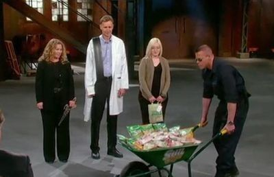 Season 04, Episode 21 Episode 21: Greenvention Show
