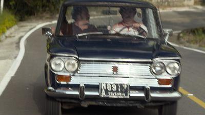 Season 01, Episode 02 Pablo comienza a jugar con candela