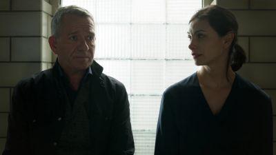 Season 05, Episode 09 Legend of Dark Knight: The Trial of James Gordon