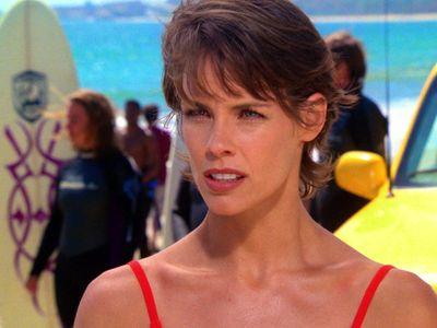 Season 06, Episode 04 Surf's Up