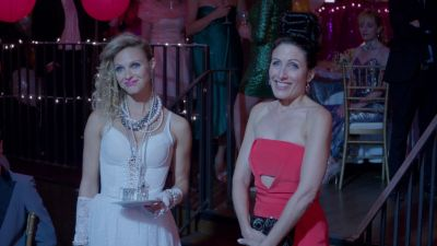 Season 02, Episode 05 Rule #72: Embrace Your Inner Prom Queen... But Not Too Much