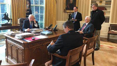 Season 2018, Episode 01 President Trump breaks with Steve Bannon over tell-all book