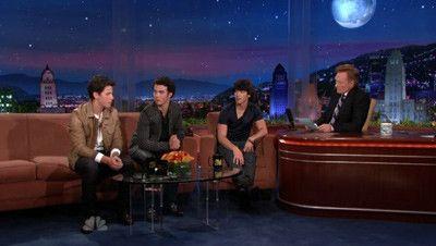 Season 01, Episode 44 Jonas Brothers, Ed Helms
