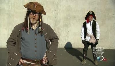 Season 10, Episode 04 Swinging Pirates