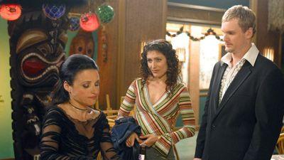 Season 04, Episode 13 Vicki's Glasses