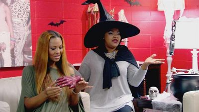Watch SHOW TITLE Season 03 Episode 03 The Wicked Witch of Jackson