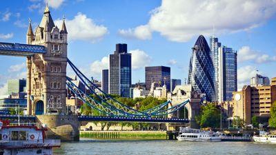 Season 01, Episode 04 London