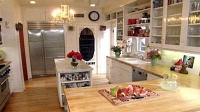 Season 06, Episode 07 Farm-Fresh Kitchen